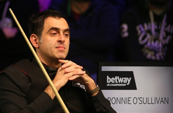 Ronnie O'Sullivan keeps his title defence on track (credit:Nigel French/PA Images)