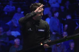 Ronnie O'Sullivan survives Liang Wenbo scare to reach World Grand Prix Quarter-Finals