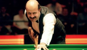 Snooker stars pay tribute to legendary Willie Thorne