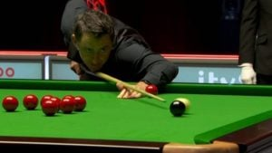 Record-equalling Ronnie O'Sullivan recovers to reach Players Championship final