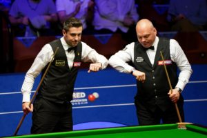 Bingham turns the tide to lead Selby as Wilson remains clear of Murphy in World Championship Semi-Finals